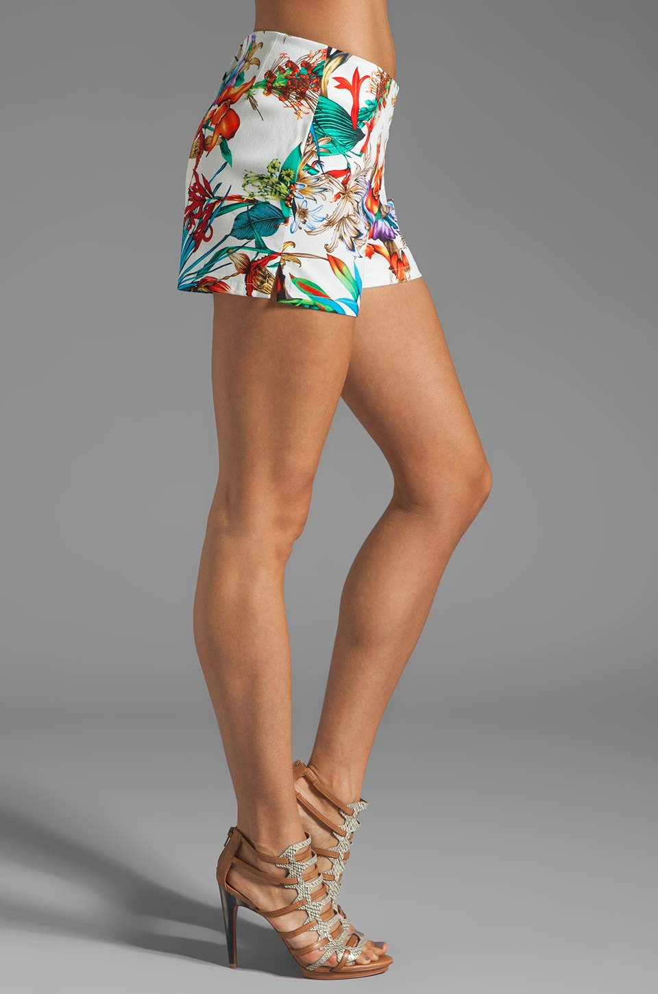 Backstage California Tropical Short in White Tropical