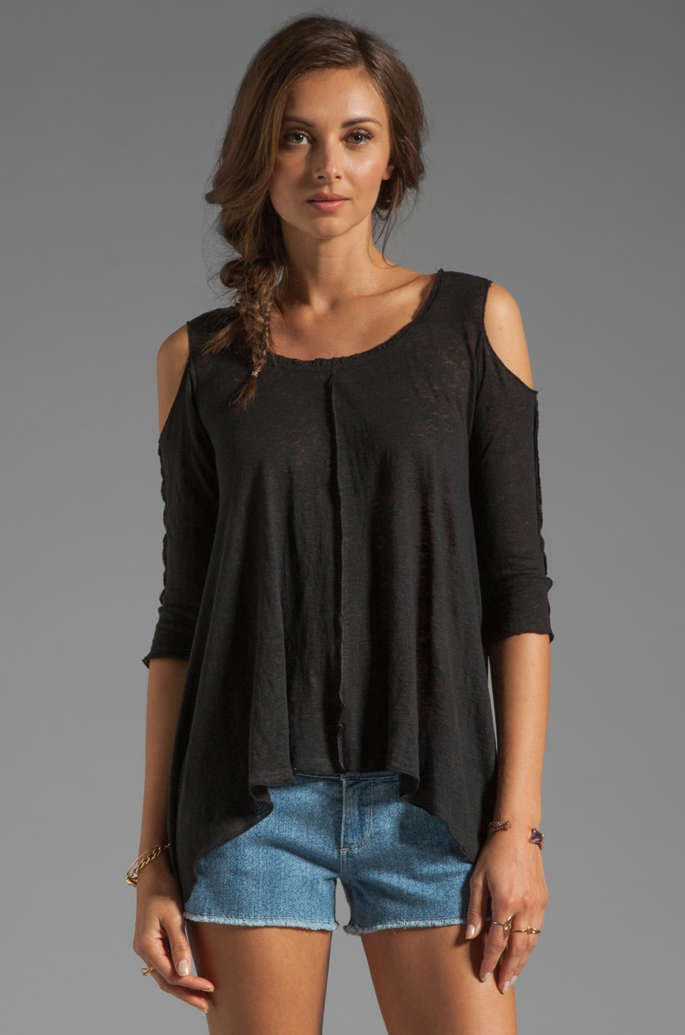 Bailey 44 Mariposa Top in Negro