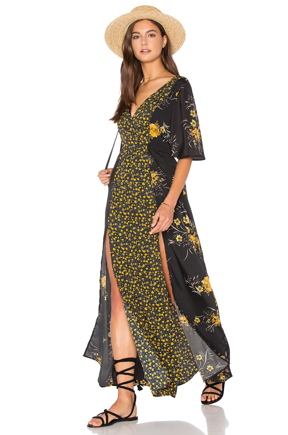 Yellow maxi dress with short sleeves