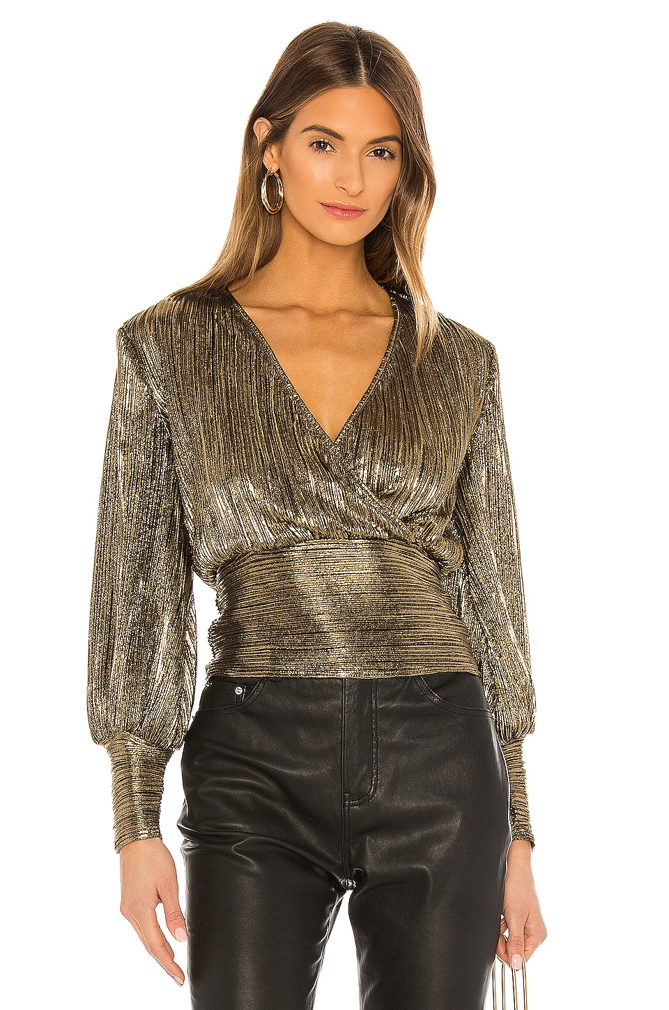 Bardot Trinity Pleat Blouse en Gold