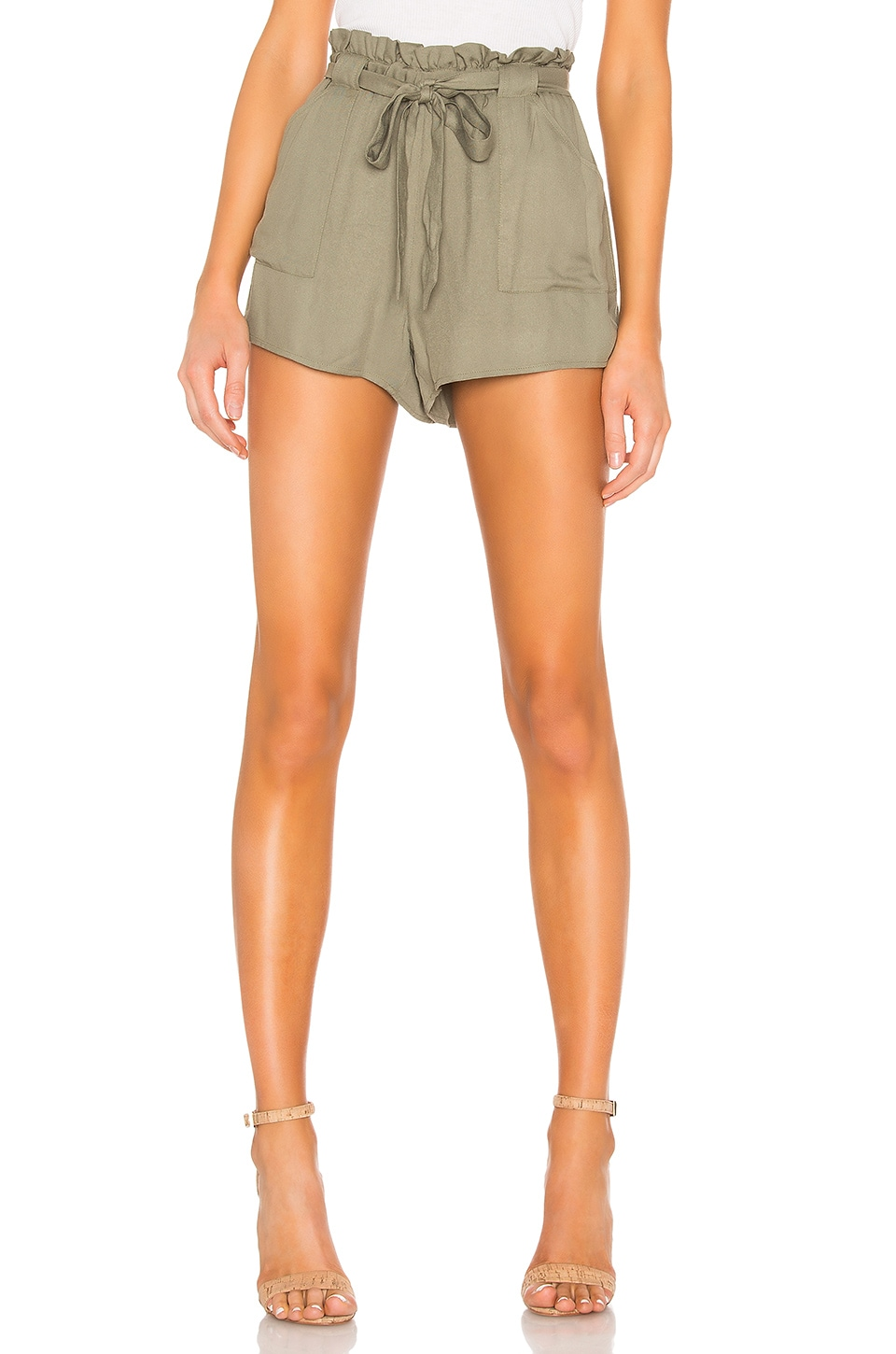 BB Dakota JACK by BB Dakota Belt It Out Short in Field Green