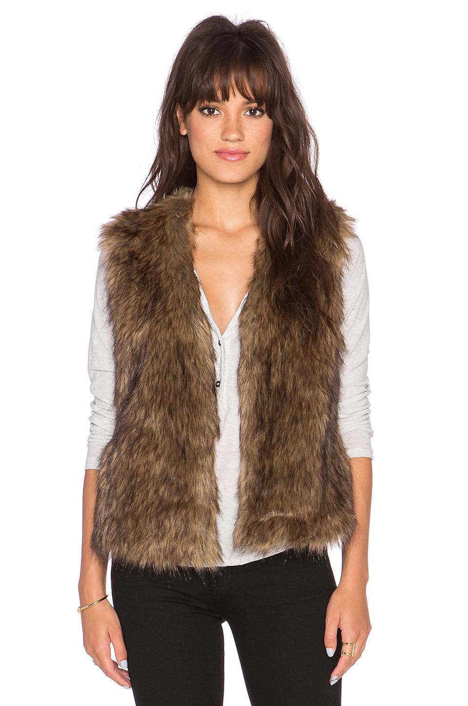 BB Dakota Castleton Faux Fur Vest in Light Beige