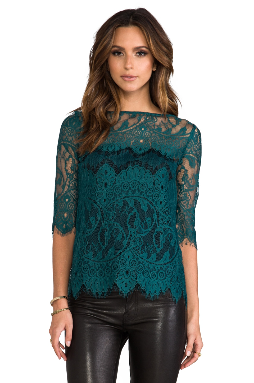 BB Dakota Josette Scalop Lace Top in Evergreen