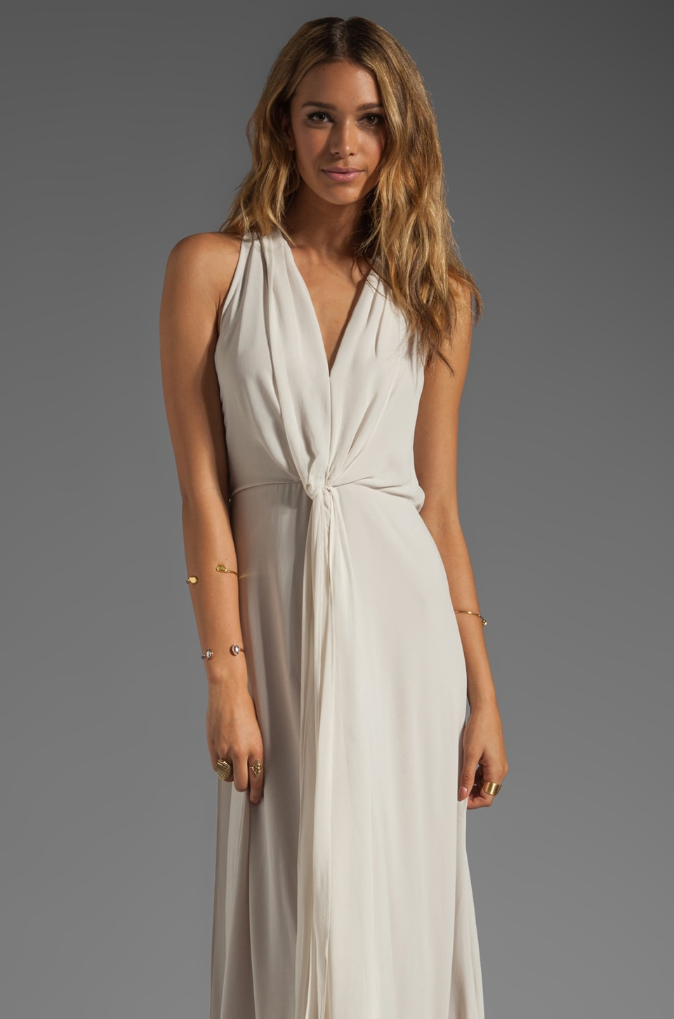 BCBGMAXAZRIA Deep V-Neck Flow Dress in Canvas