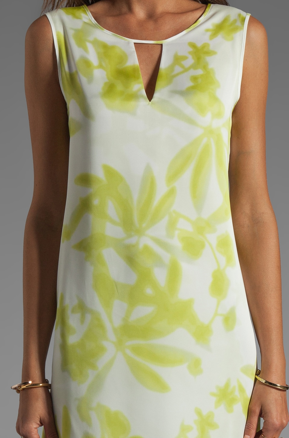 BCBGMAXAZRIA Hi-Low Dress in Gardenia/Light Lime
