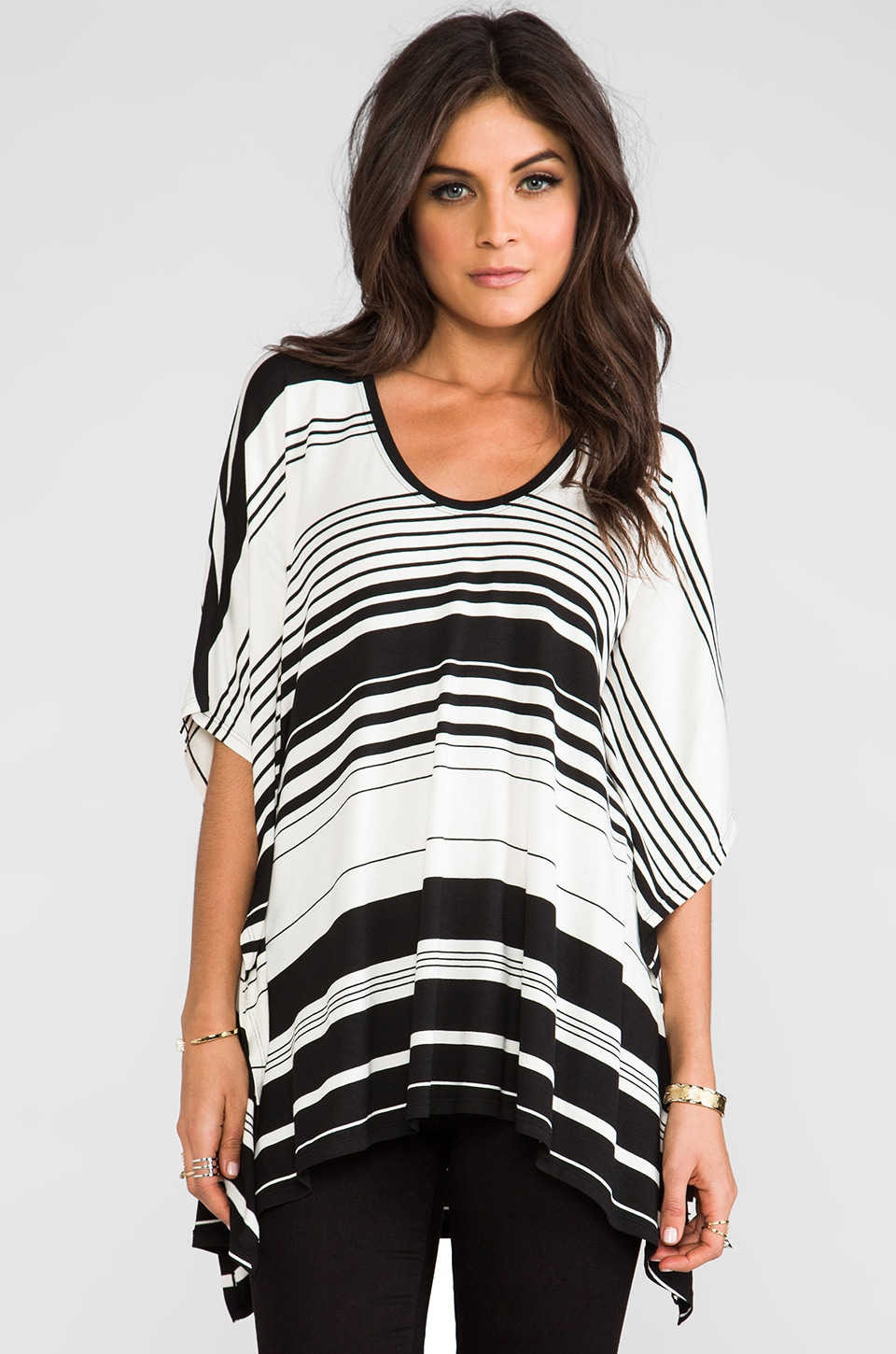 BCBGMAXAZRIA Lucilla Poncho in Off White Black Combo
