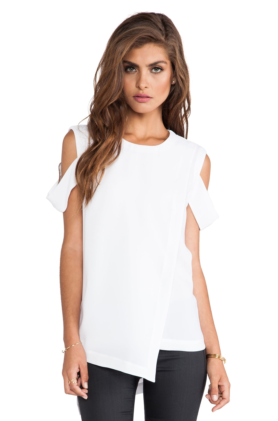BCBGMAXAZRIA Bethy Open Shoulder Top in White