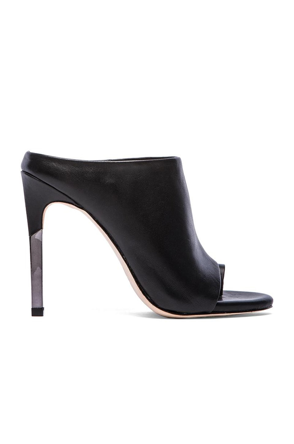 BCBGMAXAZRIA Dag Mule Pumps in Black