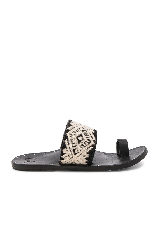 Dove Sandal
