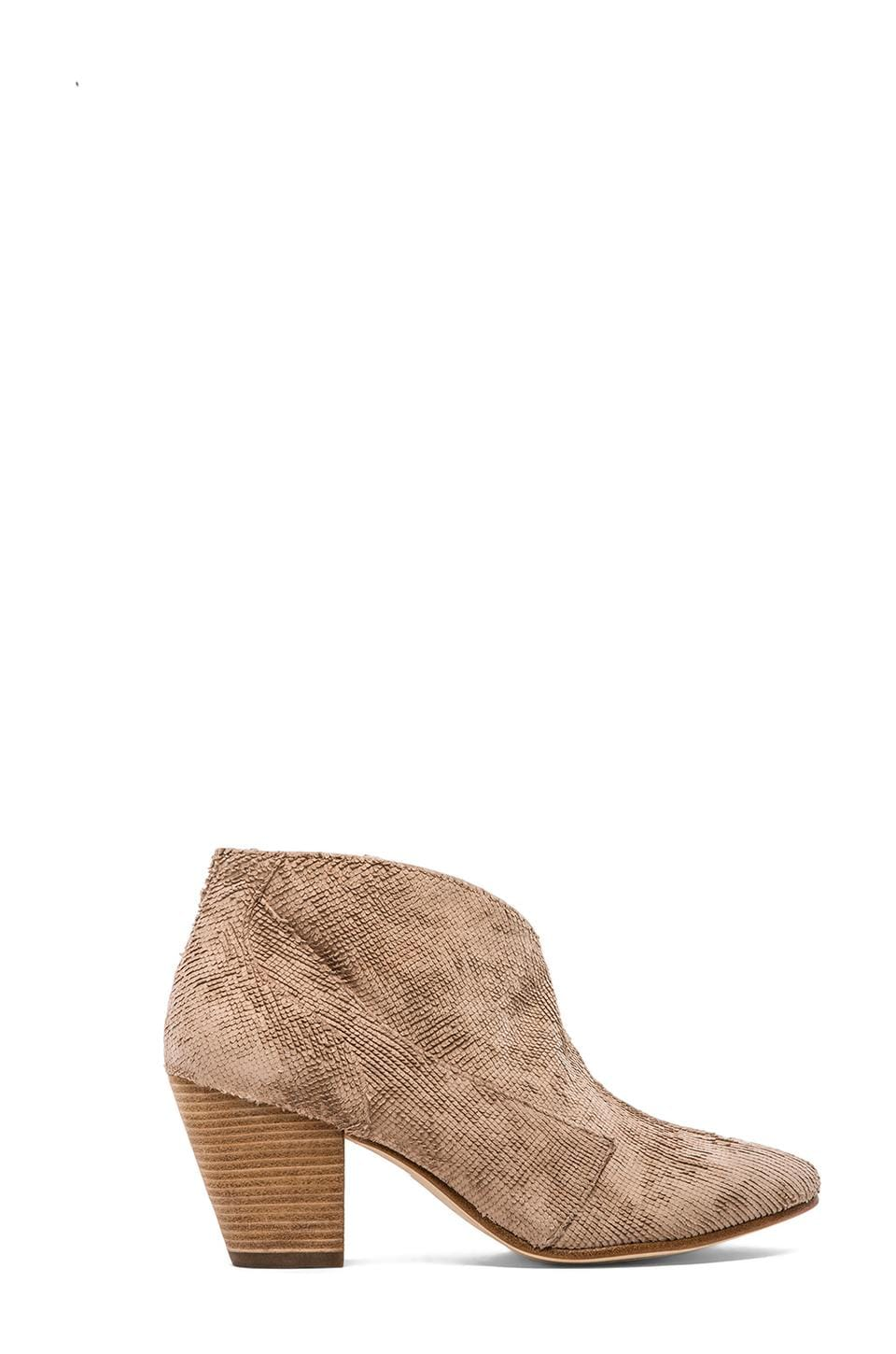 Belle by Sigerson Morrison Yoko Booties in Carta