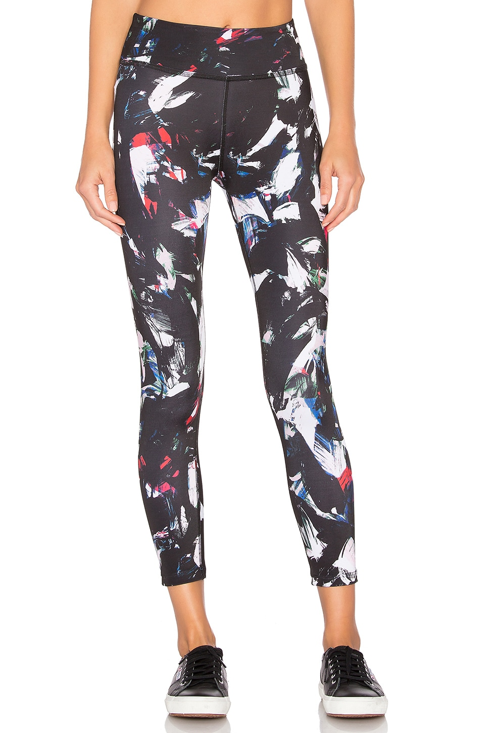 Beyond Yoga Lux Print Capri in Palette Knife