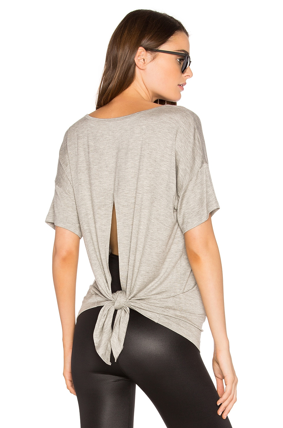 Beyond Yoga Roll the Slice Tee in Heather Gray