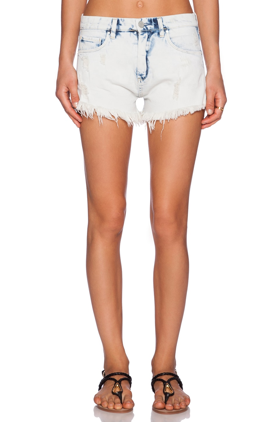 BLANKNYC Distressed Short in Ensembly Challenged
