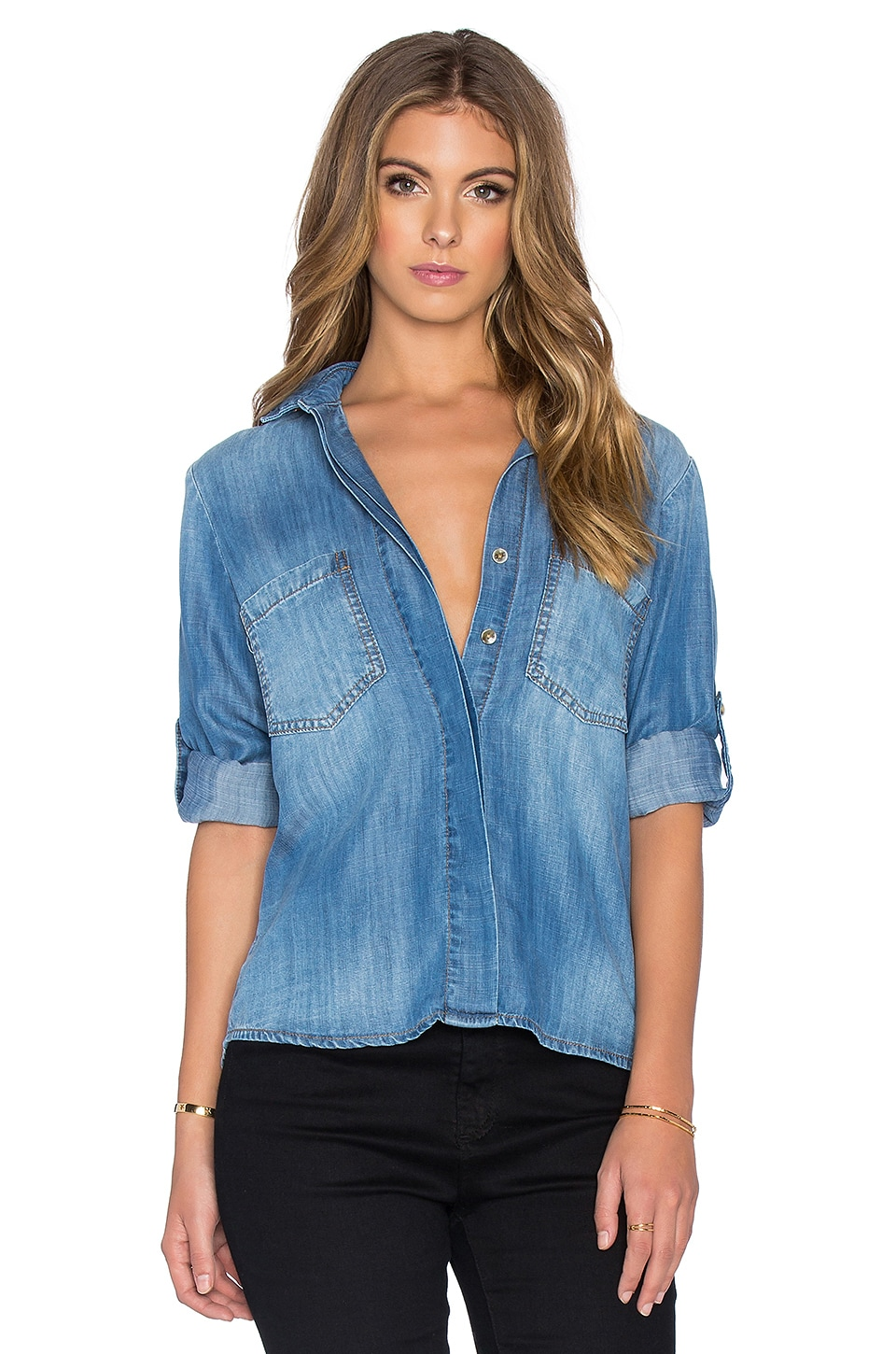 Bella Dahl Split Back Button Up in Vintage Malibu Wash