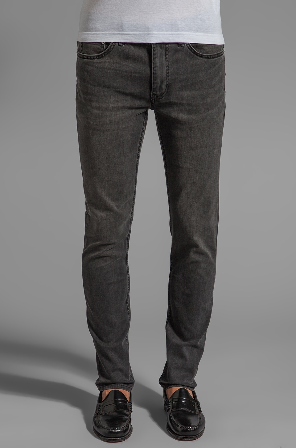 BLK DNM Jeans 25 in Staple Grey