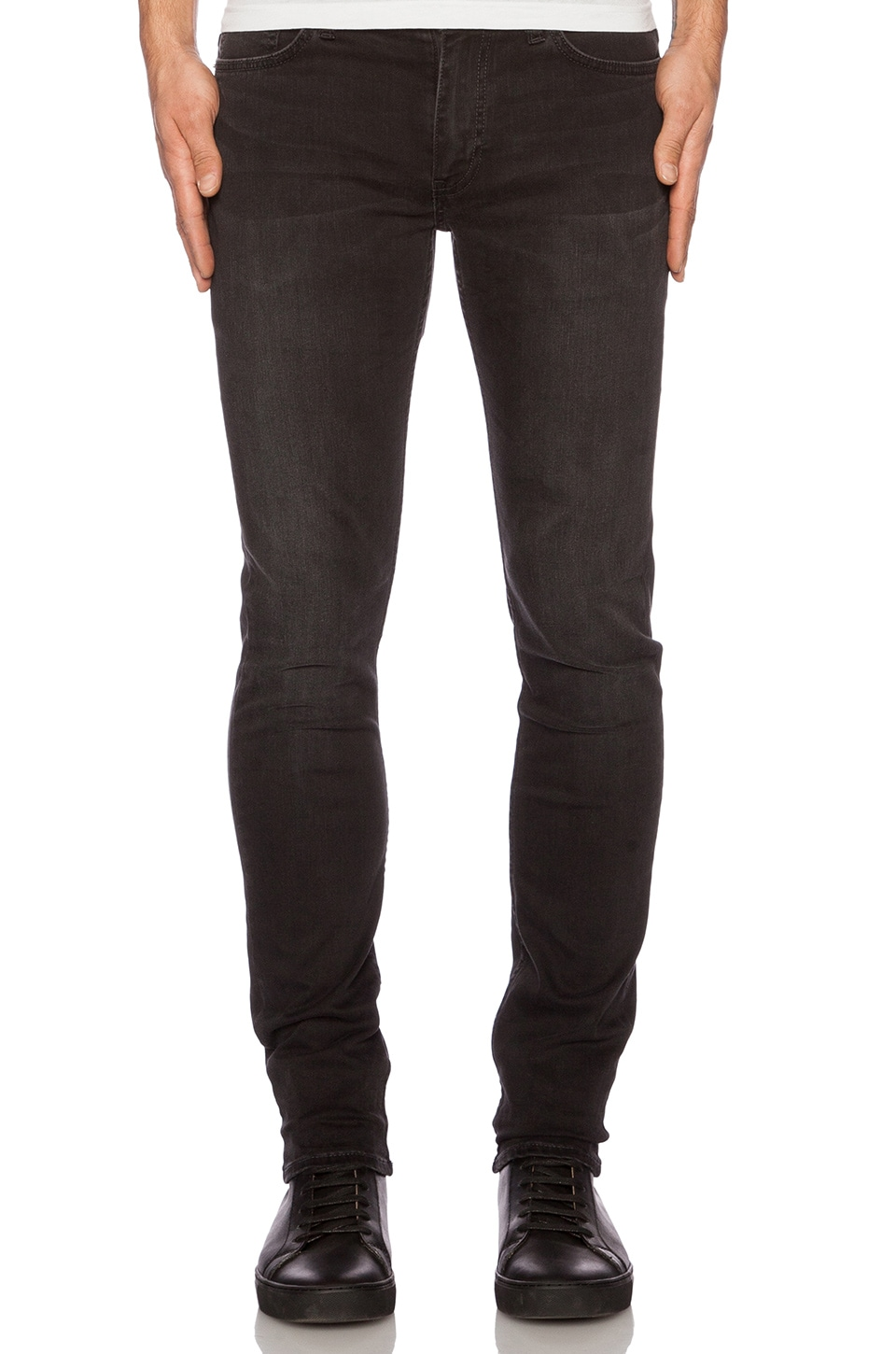 BLK DNM Jeans 25 in Fulton Black