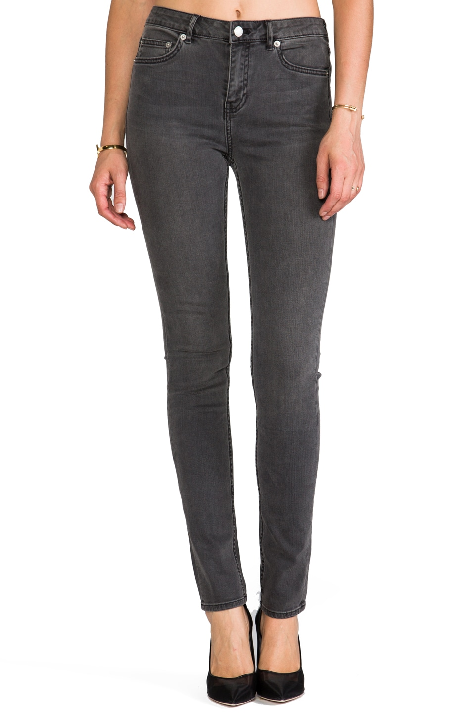 BLK DNM Jeans 22 in Staple Grey