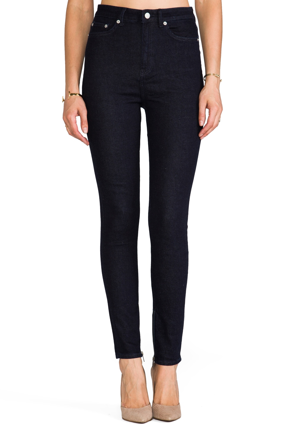 BLK DNM Jeans 8 in Ocean Blue