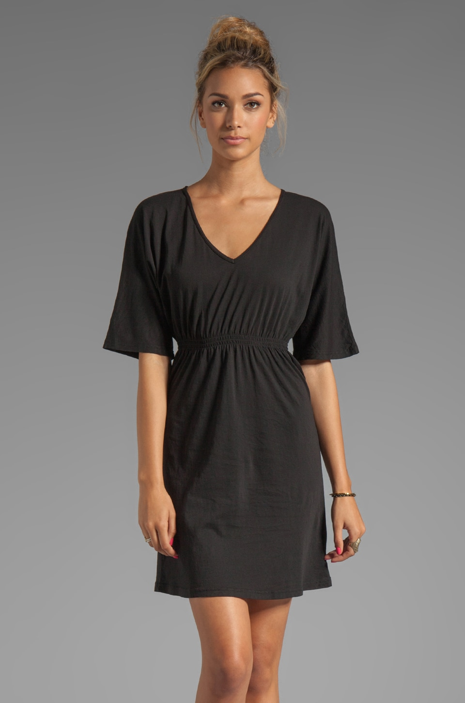 Bobi Light Weight Jersey Short Sleeve Dress in Black