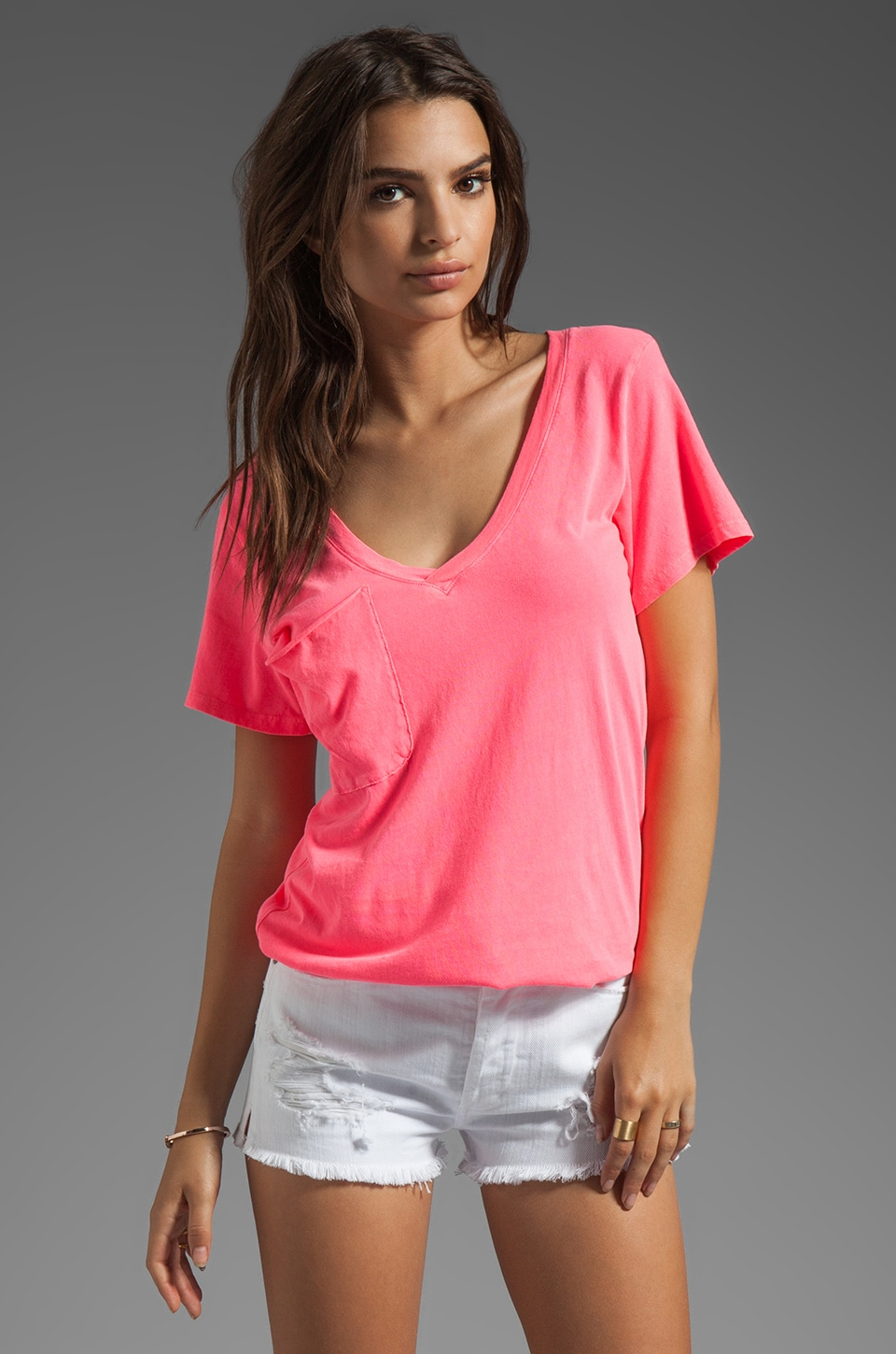 Bobi Light Weight Jersey V-Neck in Sweettart