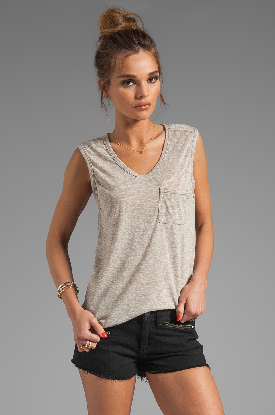 Bobi Burnout Pocket Tank in Java