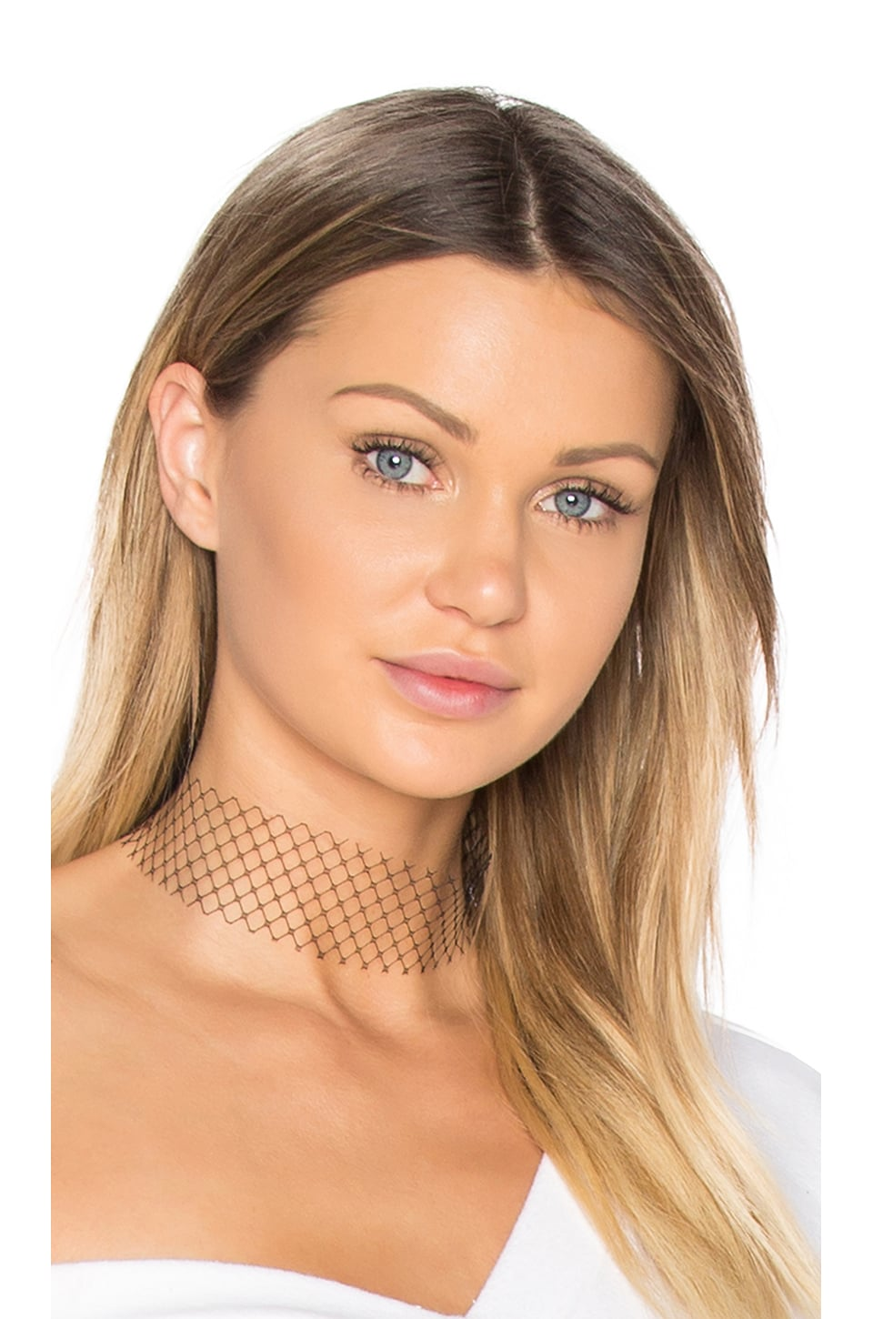 Single Layer Net Choker by Breelayne