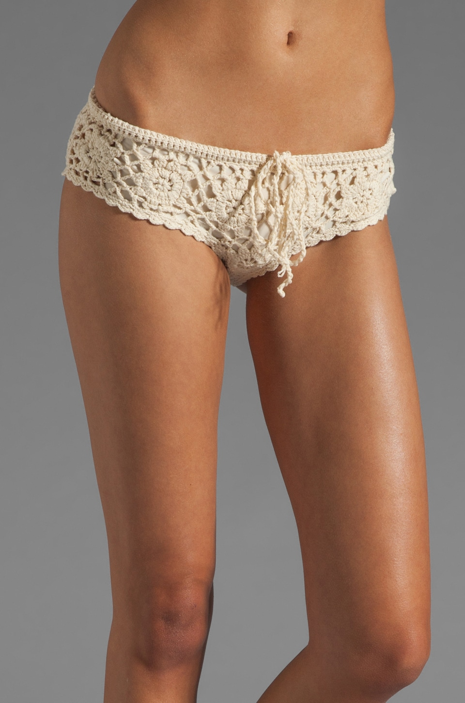 BEACH RIOT Cherokee Bottom in Cream