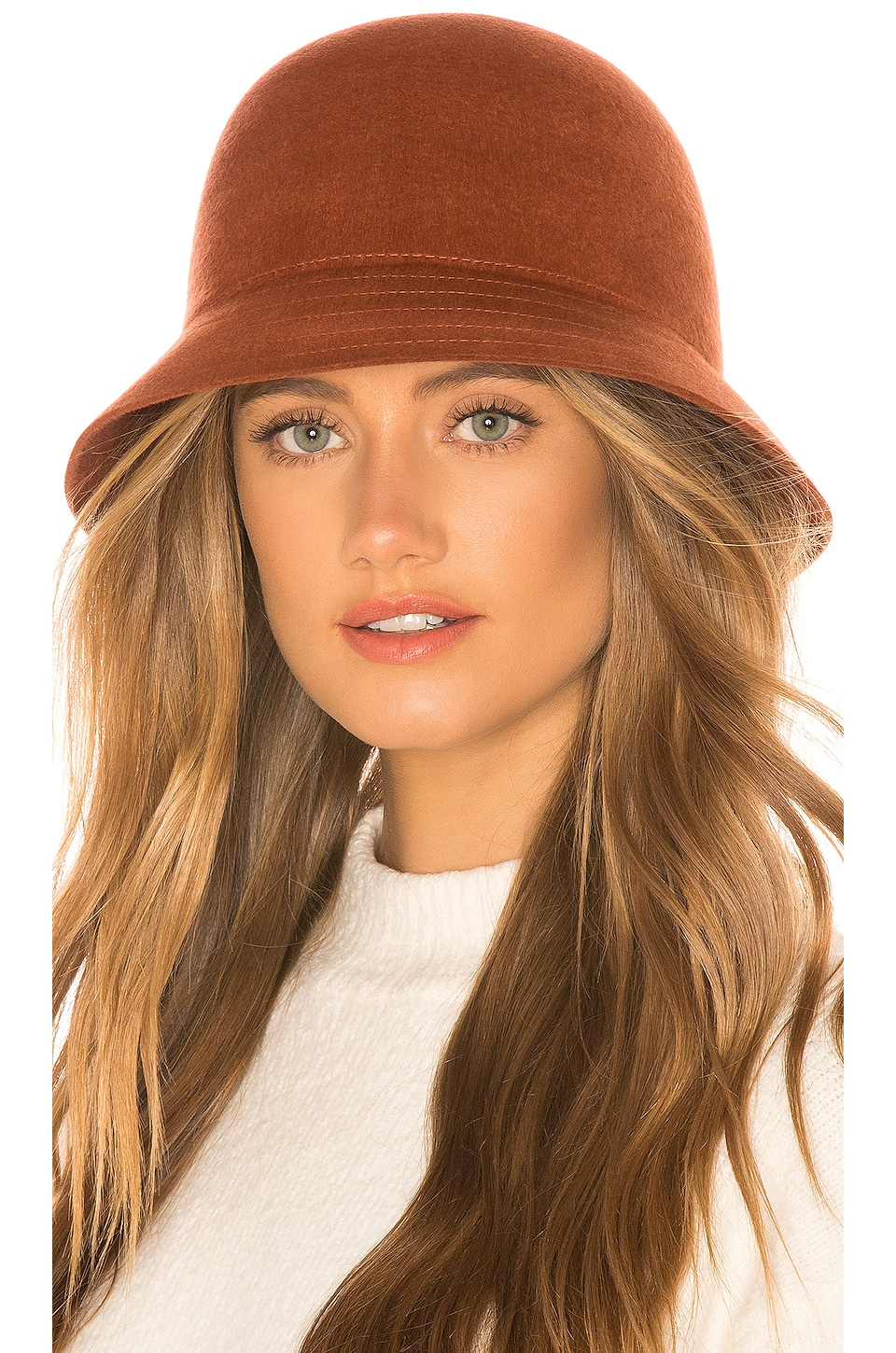 Brixton BRIXTON ESSEX BUCKET HAT IN RUST.