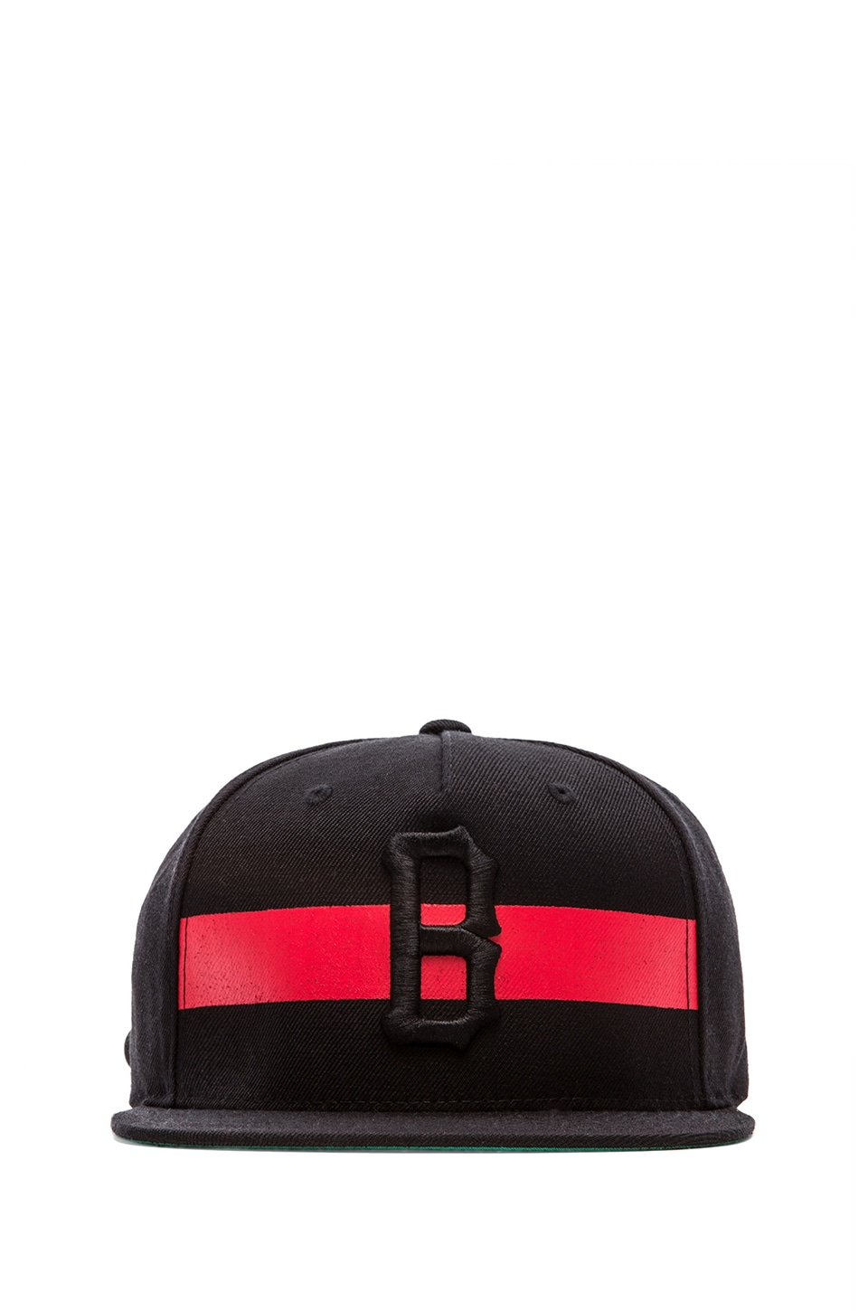 Black Scale Streak Strap Back in Black