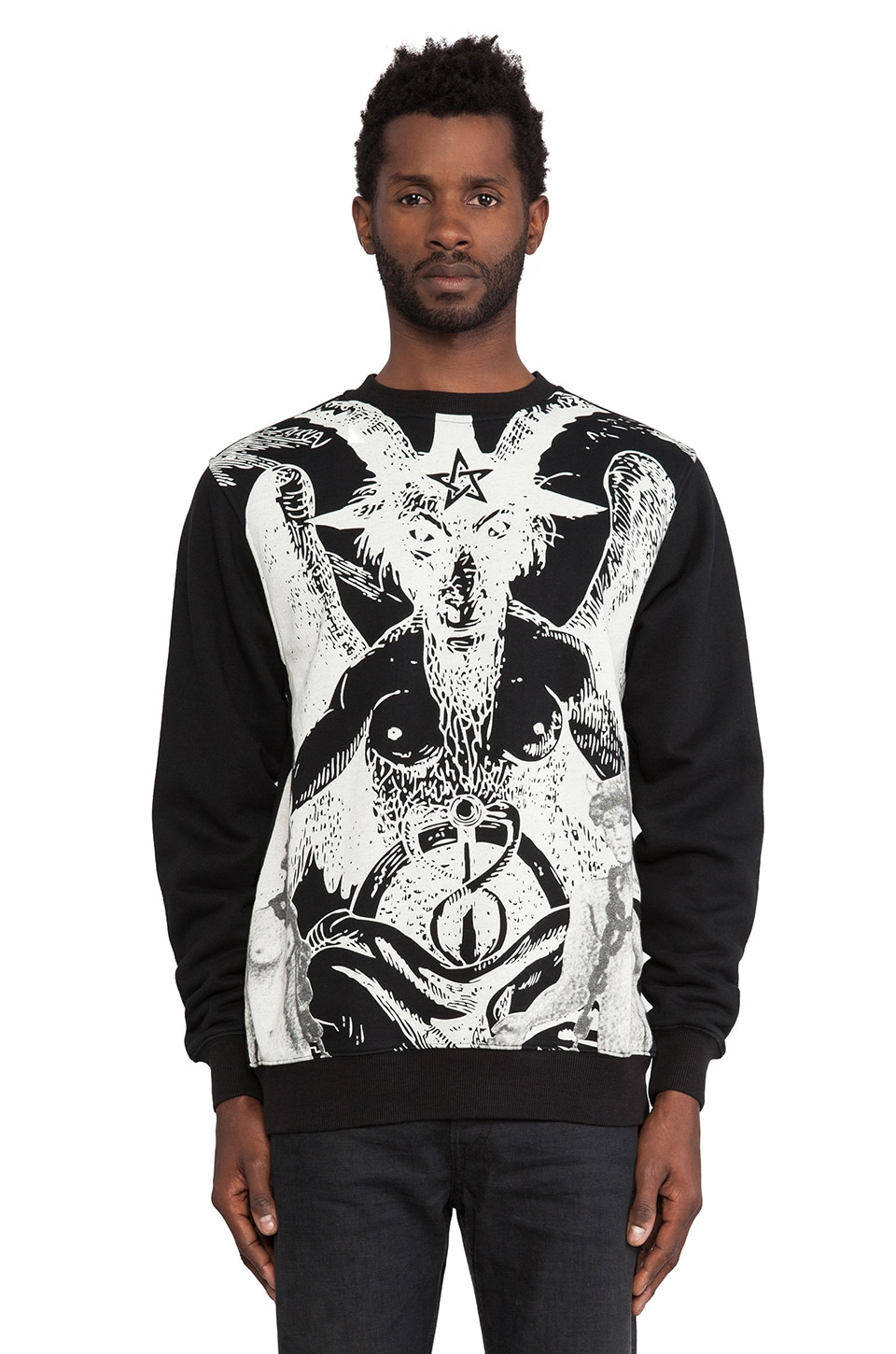 Black Scale Le Satan Fleece in Black