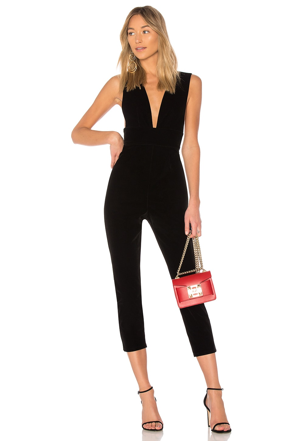 by the way. Gloria Deep V Velvet Jumpsuit en Black