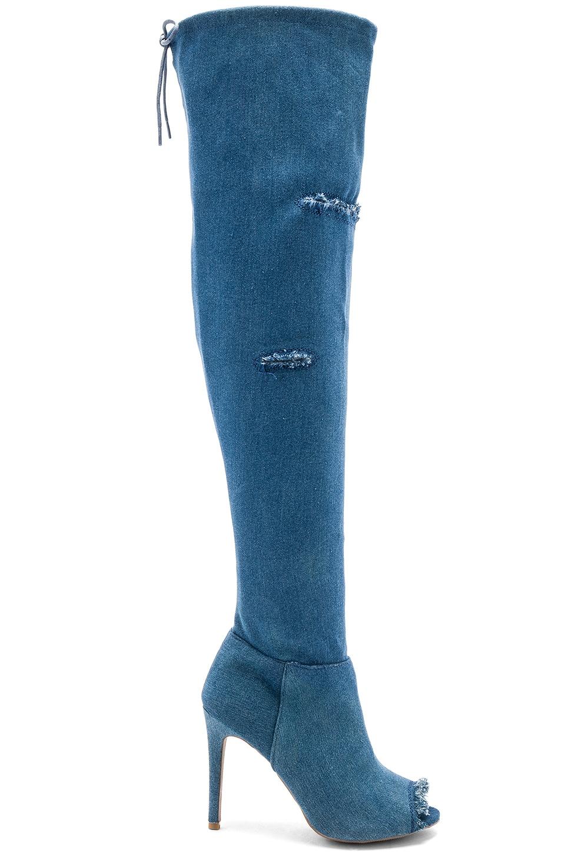 Nikki Boot