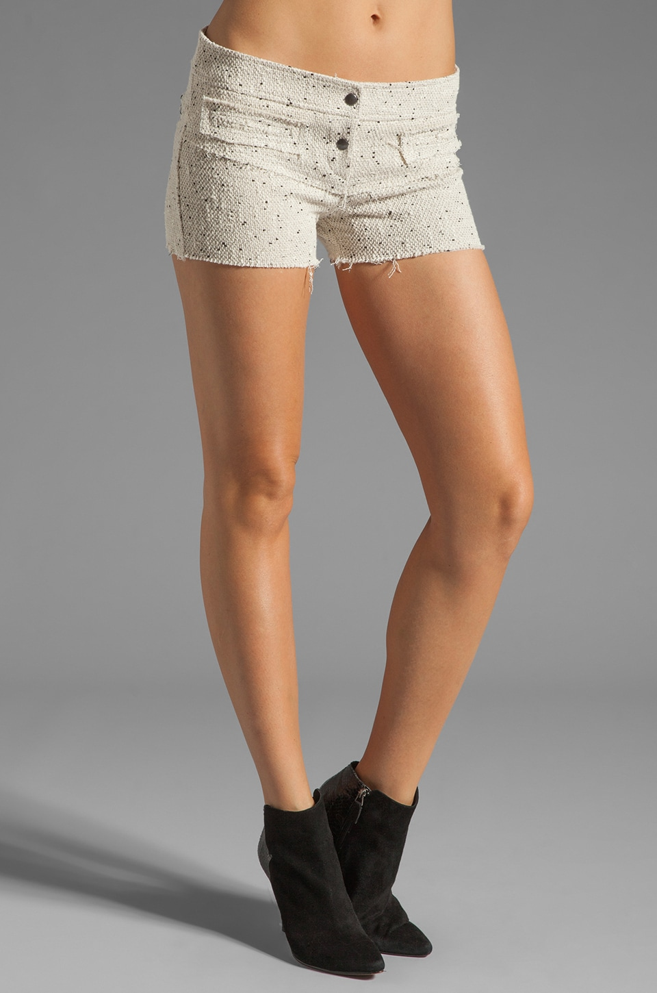 BY ZOE Joshua Shorts in Cream