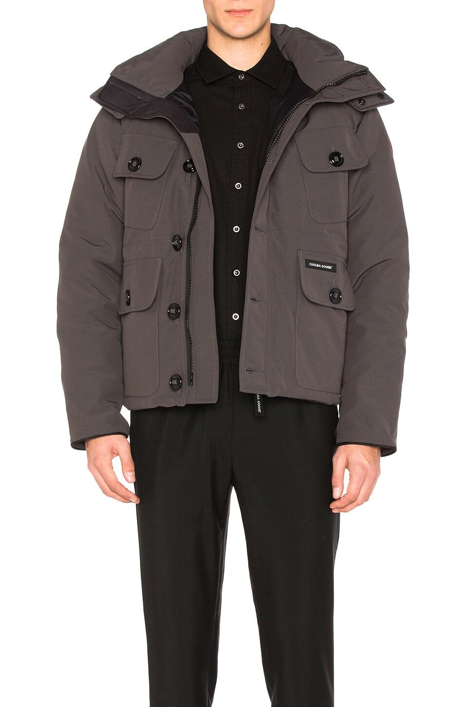 selkirk black single men Castle fortress selkirk softshell jacket is  castle fortress selkirk softshell jacket black small: 1:  ideal outdoor jacket to wear for both men and women for.