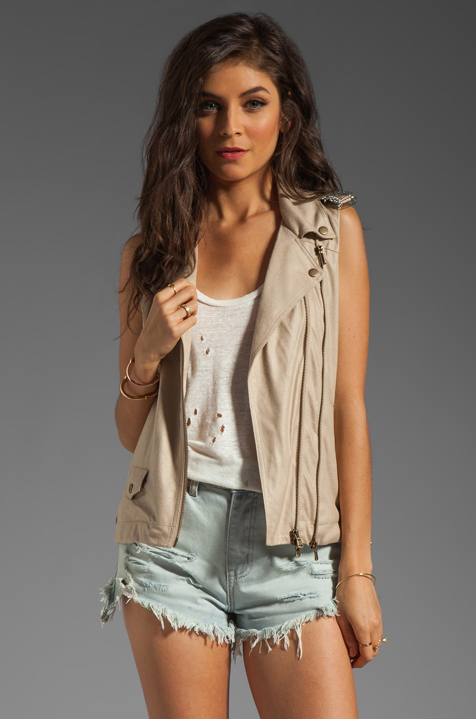 Capulet Motorcycle Vest in Cream