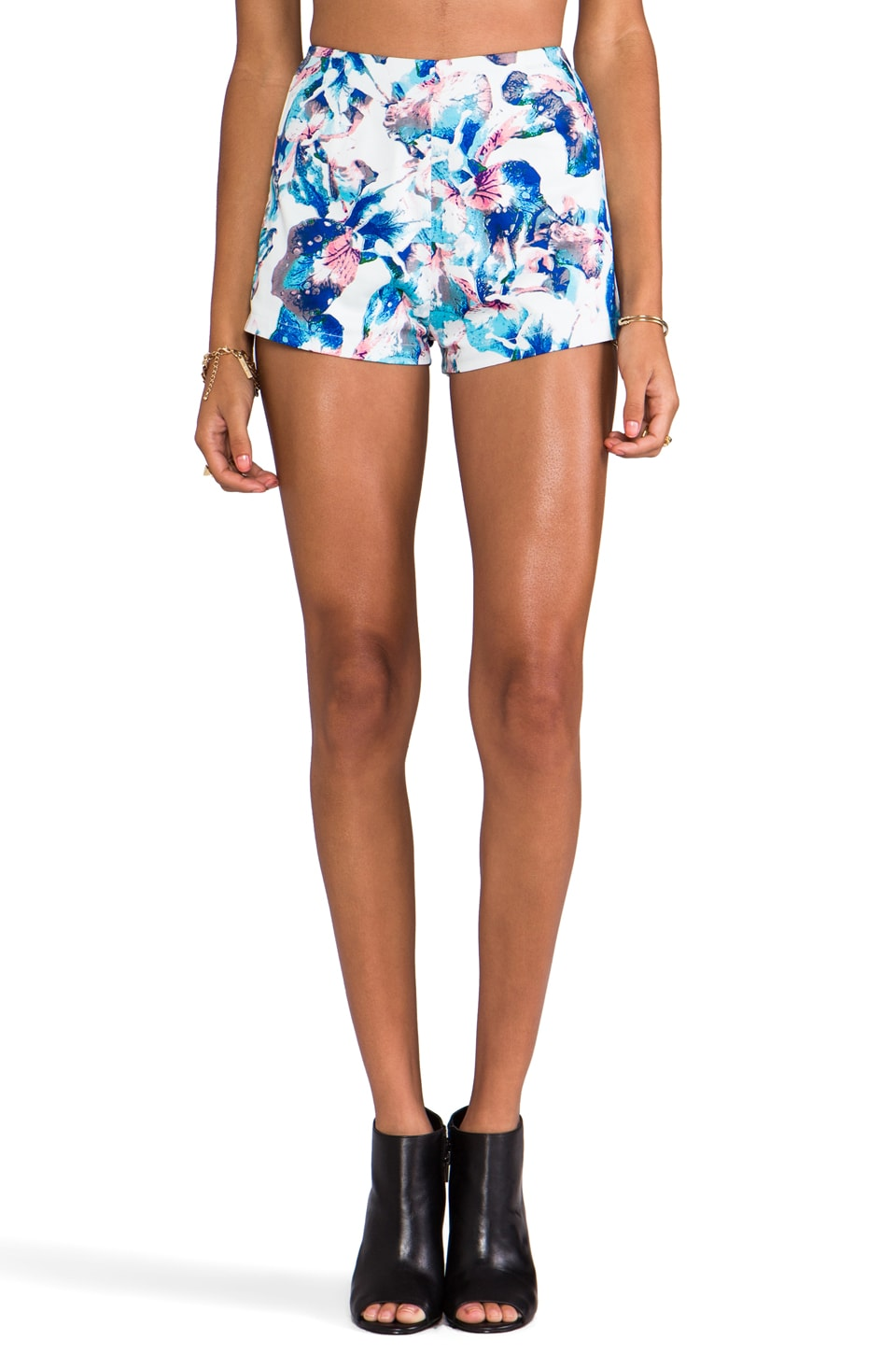 Casper & Pearl Cali High Waisted Short in Blue Floral
