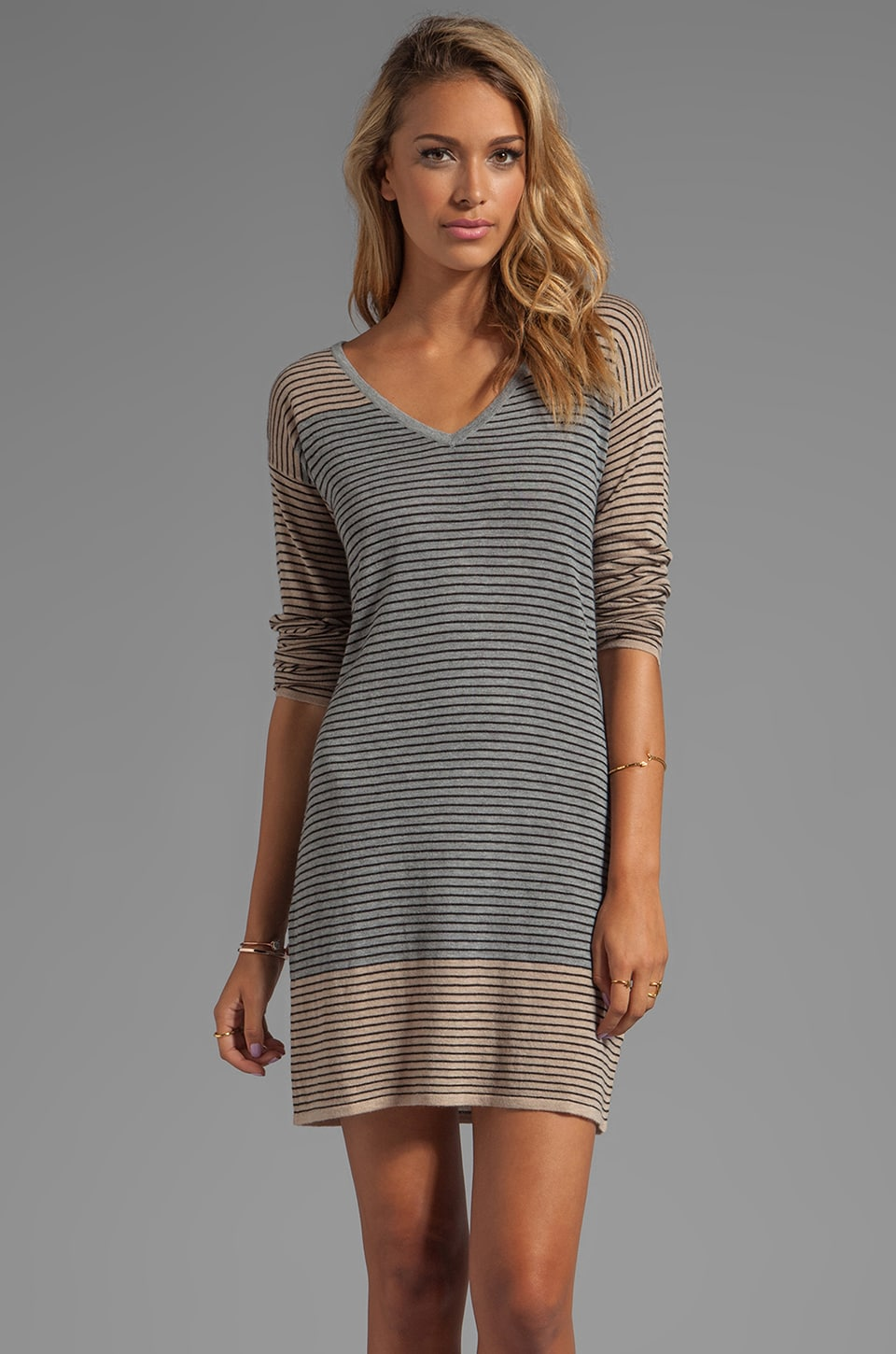 C&C California Mini Stripe Blocked Sweaters Long Sleeve V-neck Stripe Sweater Dress in Heather Grey