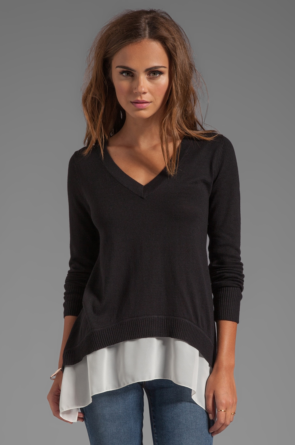 Central Park West V Neck Marblehead Sweater in Black/White