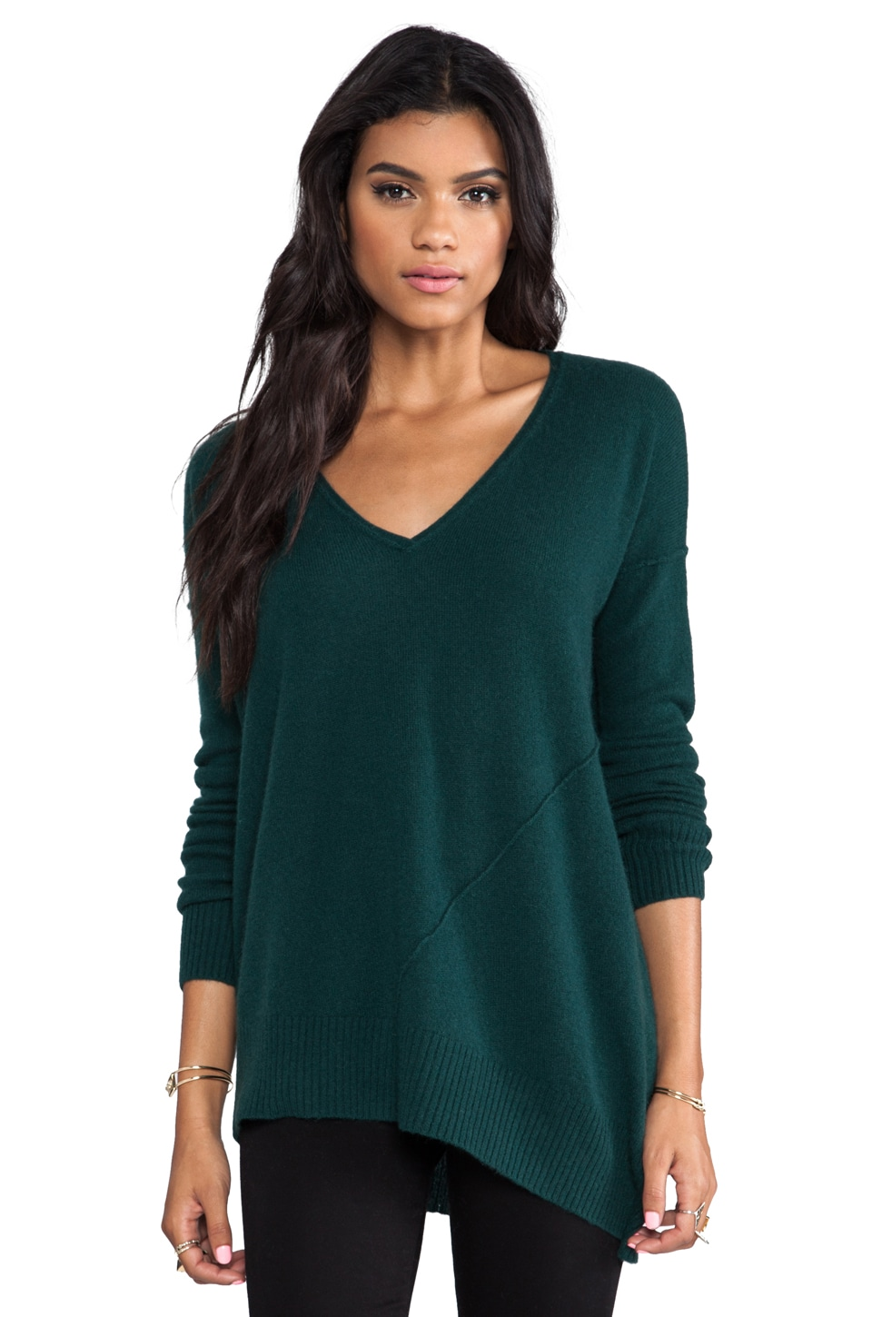 Central Park West Bristols Cashmere V Neck Sweater in Hunter Green