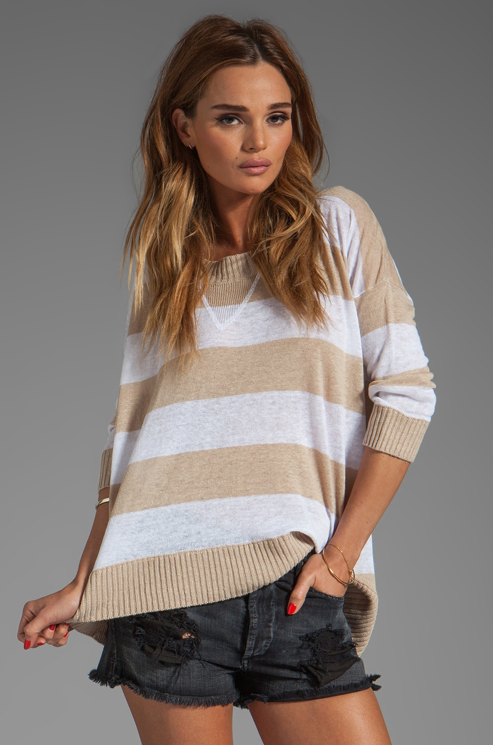 Central Park West Chapel Hill Top in Khaki/White