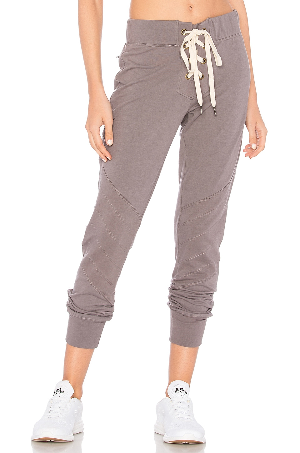 CHICHI Laura Jogger in Charcoal