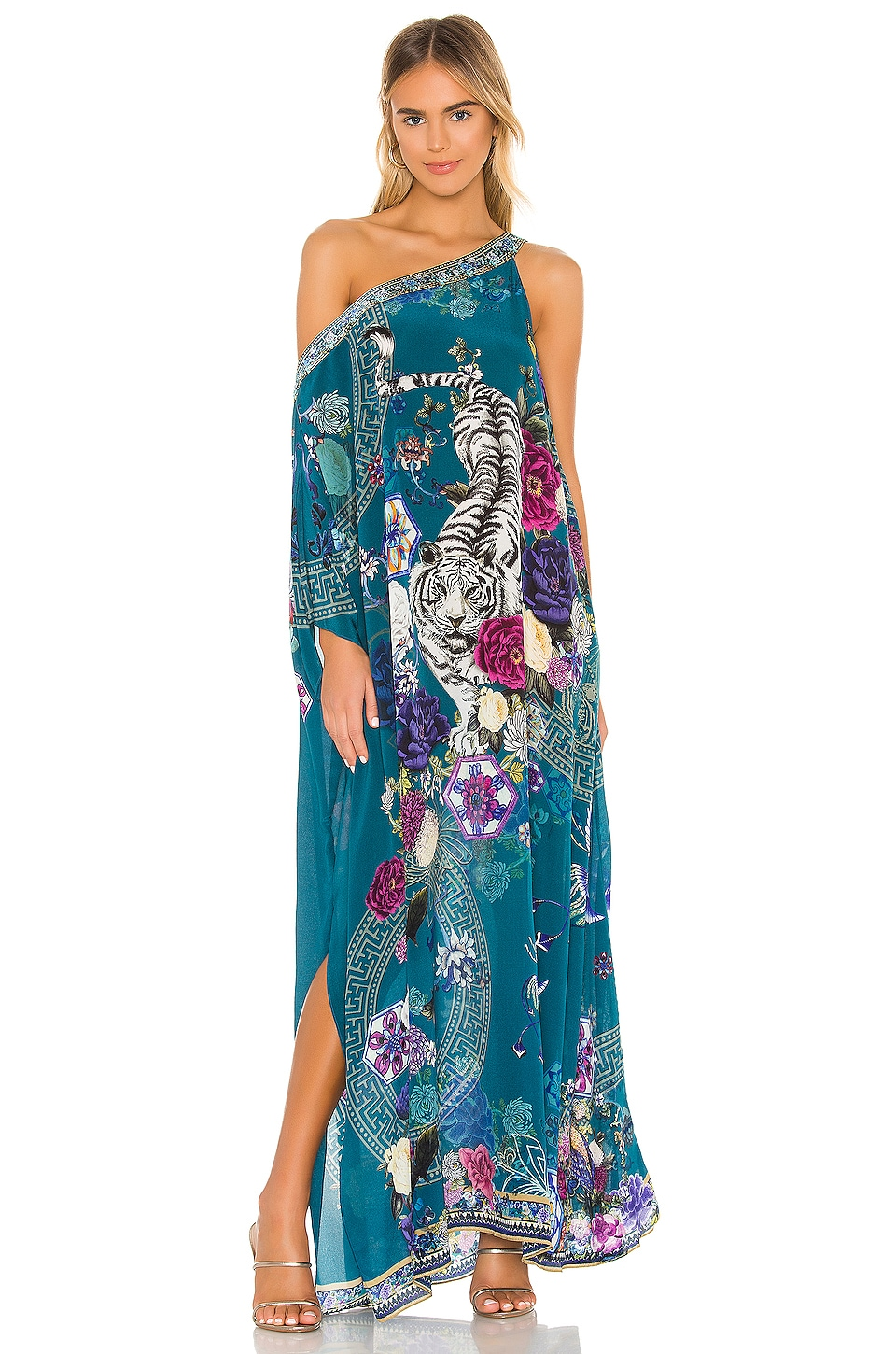 Camilla One Shoulder Kaftan en Lunar Gazing