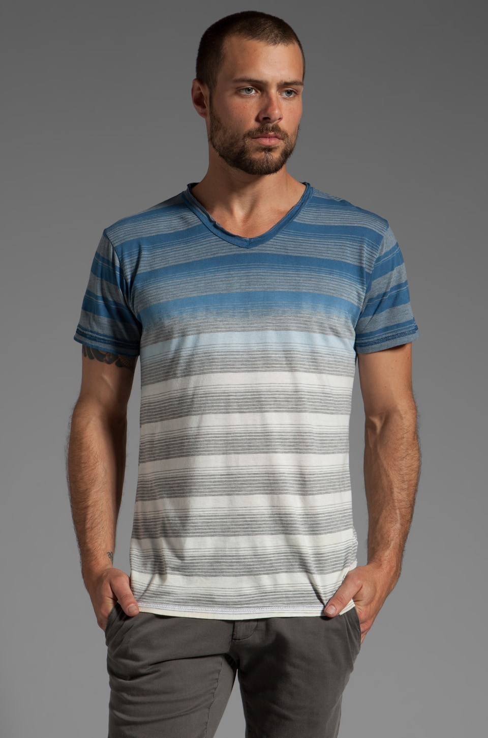 Cohesive & co. Labrea S/S V-Neck Striped Tee in Navy