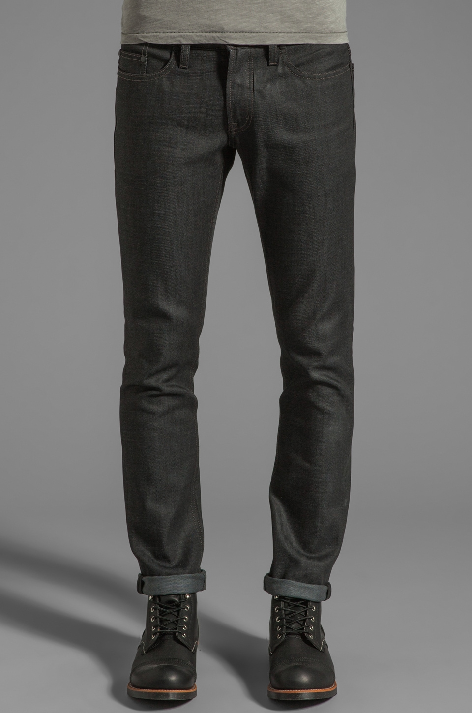 COMUNE Lindon Jean in Charcoal Indigo