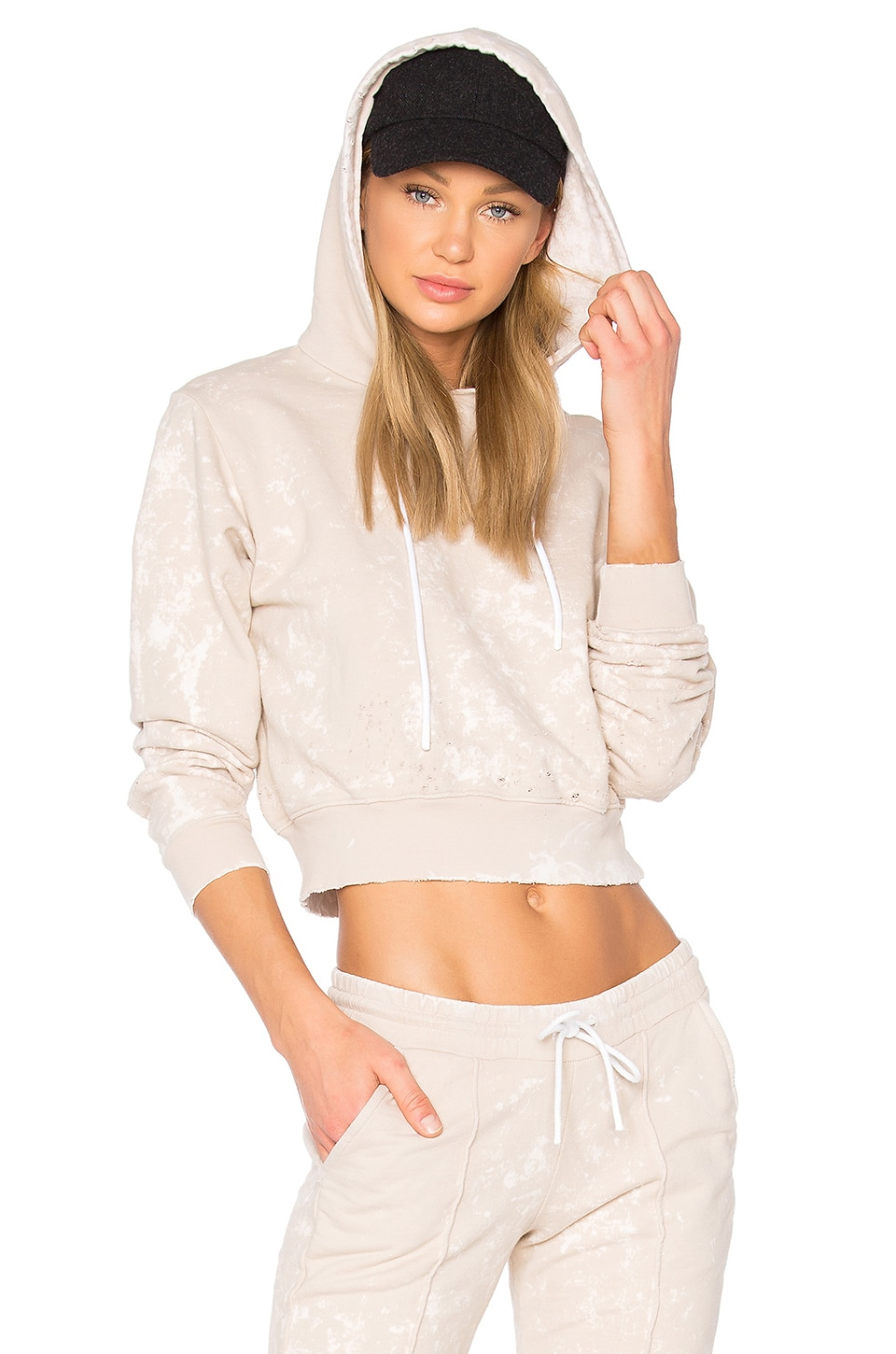 COTTON CITIZEN The Milan Cropped Pullover Hoodie in Sand Dust
