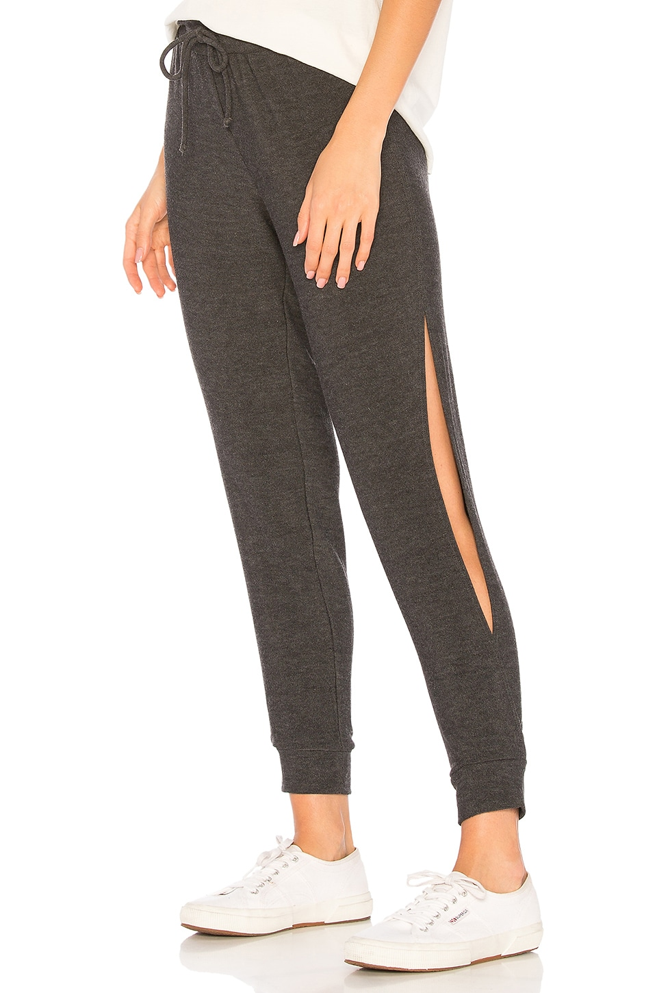 Chaser Open Vent Jogger in Black