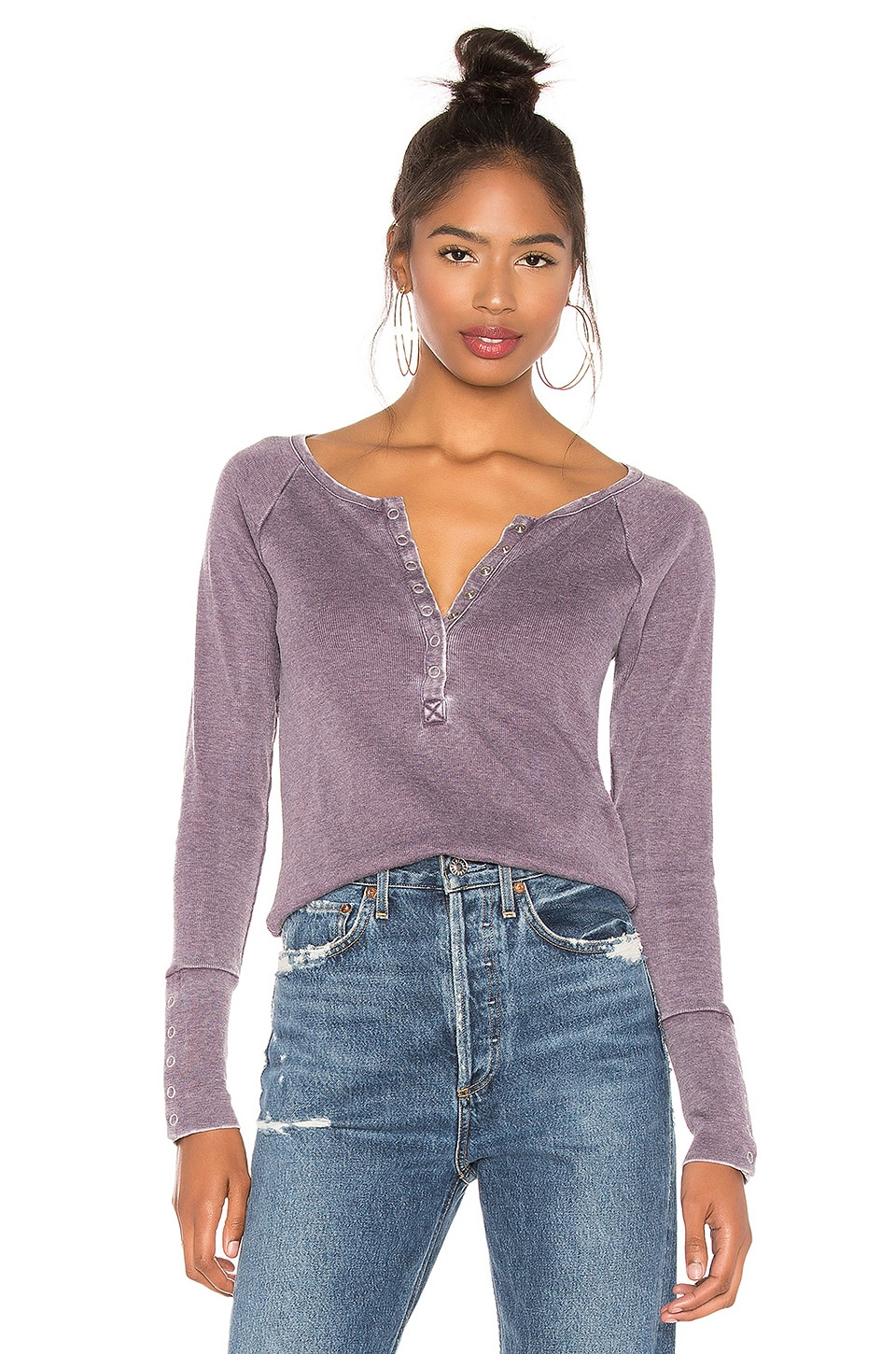 Chaser Snap Front Raglan Shirttail Henley in Amethyst