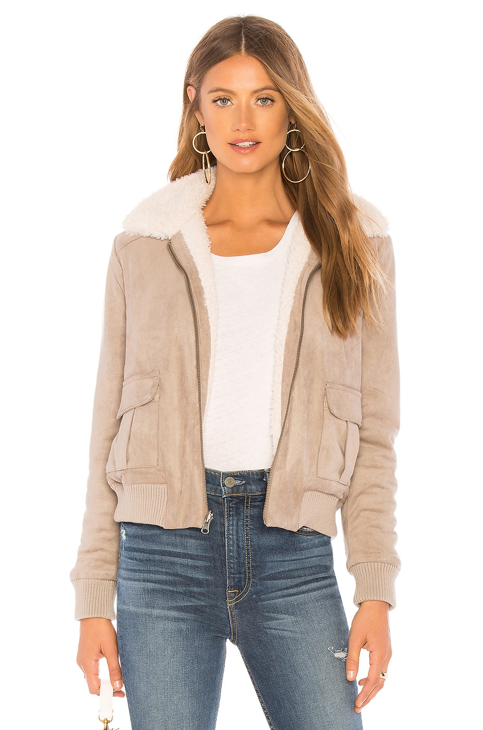CUPCAKES AND CASHMERE Ira Reversible Jacket With Faux Fur Lining in Taupe
