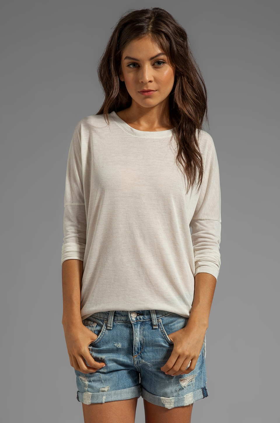Daftbird Scoop Neck Fitted Long Sleeve Tee in Flax