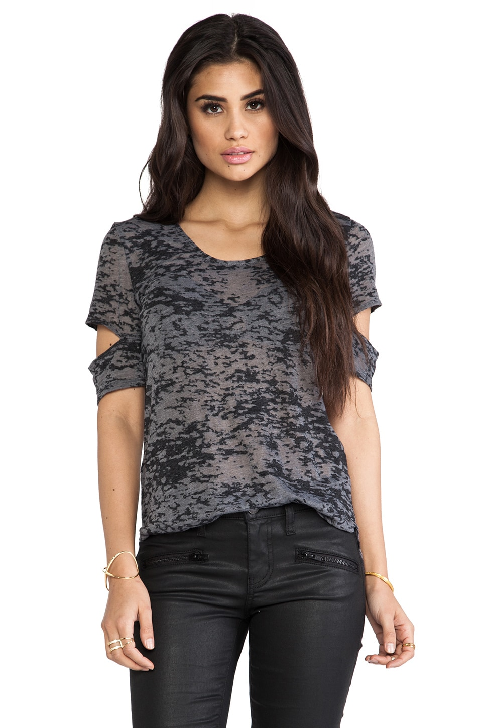 Daftbird Notched Sleeve Scoop Neck Tee in Black
